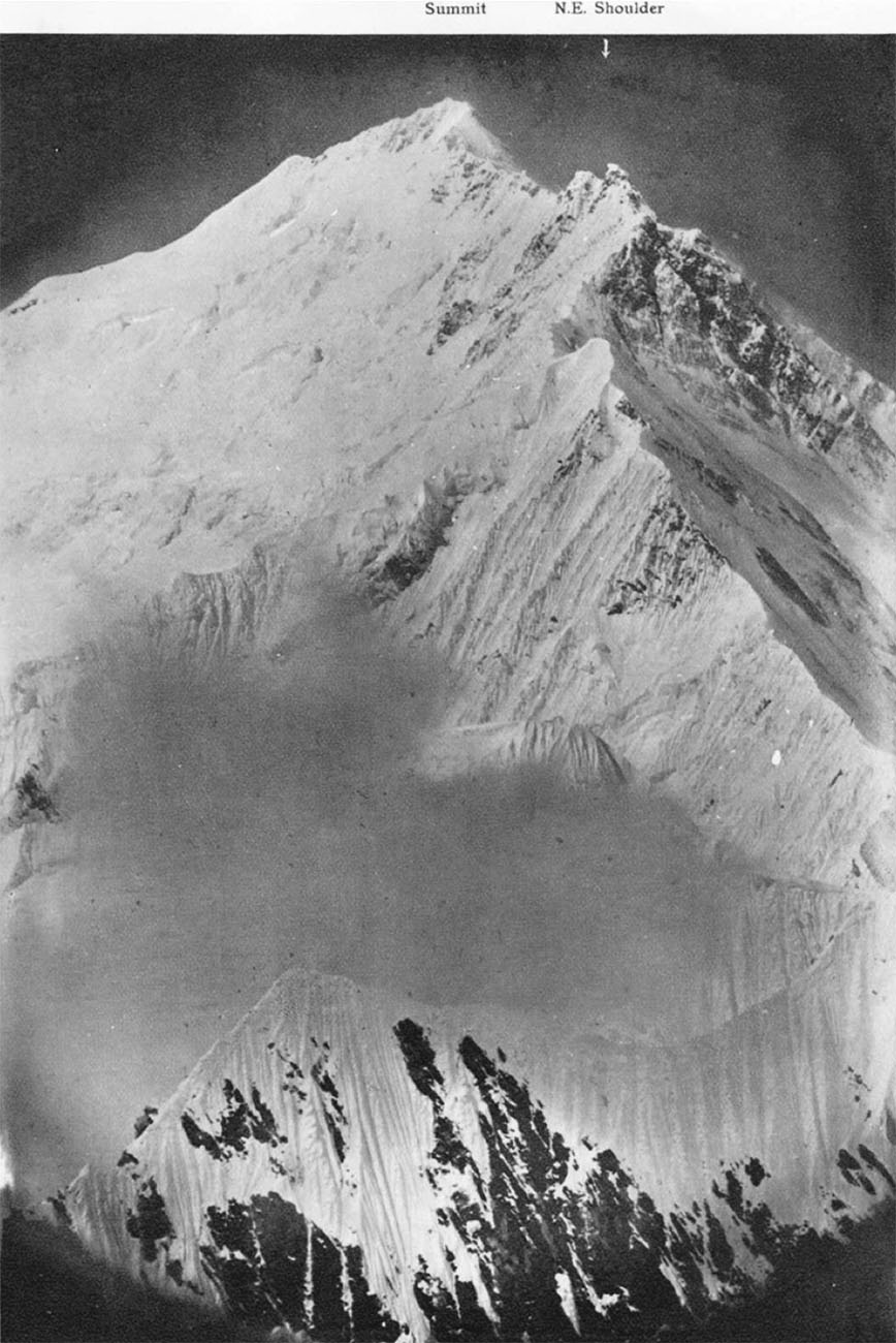 Everest_north-east_arete,_1921